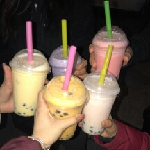 WHO LIKE BUBBLE TEA?